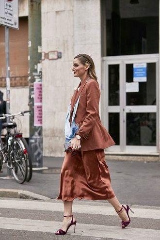 Универсальное платье в бельевом стиле: создаем ультрамодные образы на каждый день 46