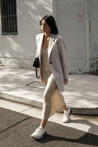 Универсальное платье в бельевом стиле: создаем ультрамодные образы на каждый день 45