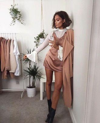 Универсальное платье в бельевом стиле: создаем ультрамодные образы на каждый день 10