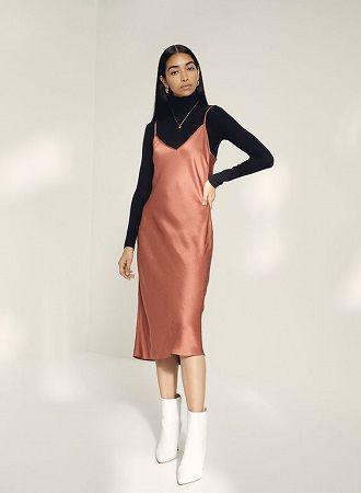 Универсальное платье в бельевом стиле: создаем ультрамодные образы на каждый день 44
