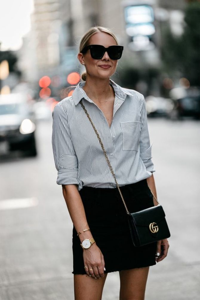 С чем носить короткую юбку: модные образы 2021-2022 10