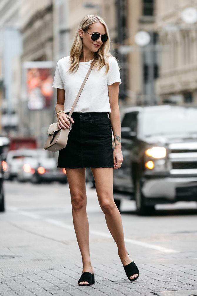 С чем носить короткую юбку: модные образы 2021-2022 11