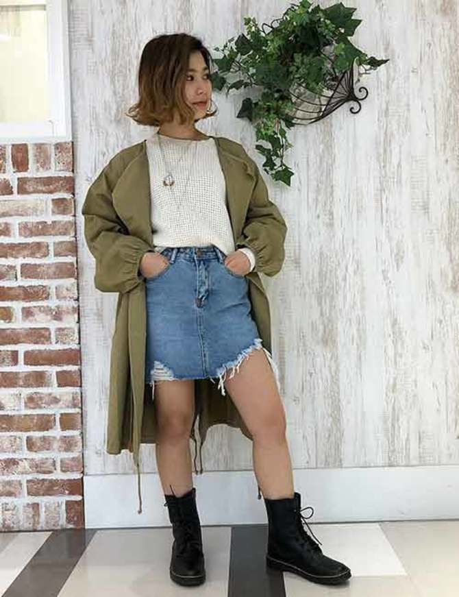 С чем носить короткую юбку: модные образы 2021-2022 17