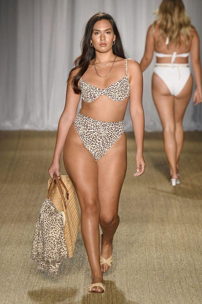 Купальники для повних: модні тренди на літо 2021 10