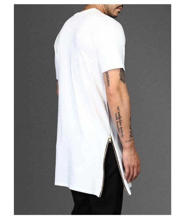 Тенденції чоловічої моди: футболки літо 2020-2021 36