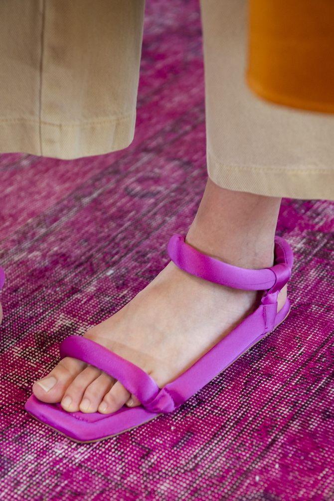 6 моделей сандалій, які прикрасять ваше літо 2020 5