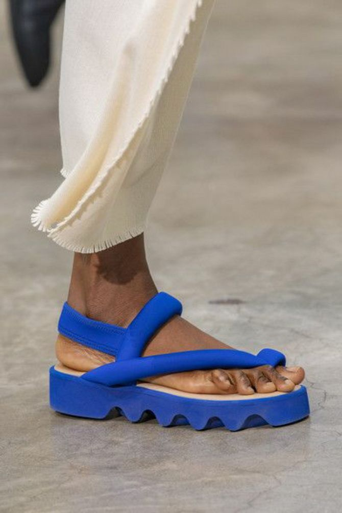 6 моделей сандалій, які прикрасять ваше літо 2020 7