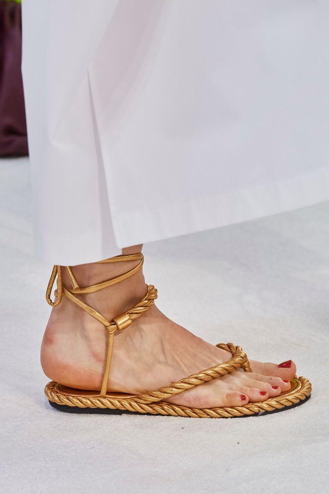 6 моделей сандалій, які прикрасять ваше літо 2020 9