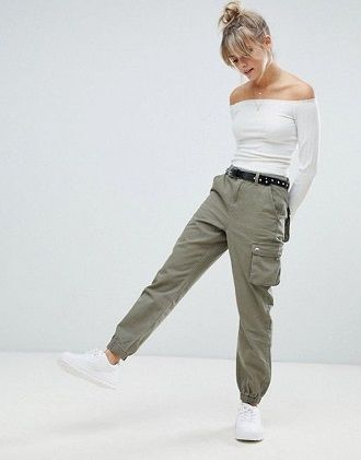 Літні штани на резинці: зручний і трендовий одяг в сезоні 2021-2022 36