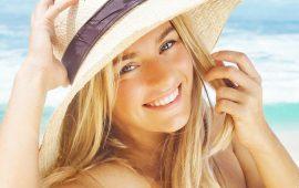 Роскошные и послушные: как заботиться о волосах летом