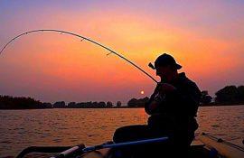 Прикольные поздравления с Днем рыбака 2020