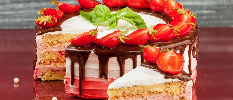 Оригинальные поздравления с Всемирным днем торта 2021