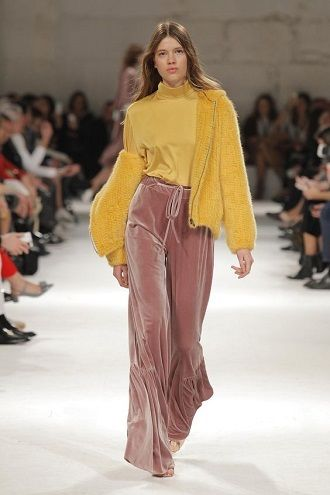 Літні штани на резинці: зручний і трендовий одяг в сезоні 2021-2022 10