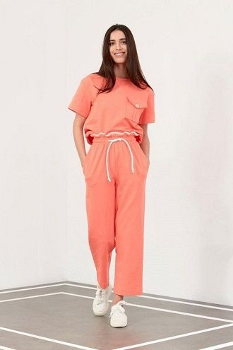 Літні штани на резинці: зручний і трендовий одяг в сезоні 2021-2022 12