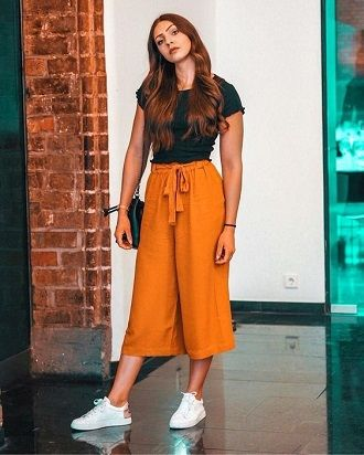 Літні штани на резинці: зручний і трендовий одяг в сезоні 2021-2022 29