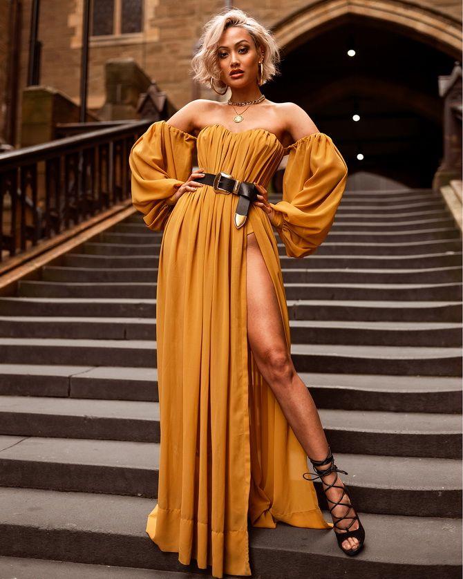 Модные платья с разрезом: лучшие фасоны и силуэты 2020-2021 года 11