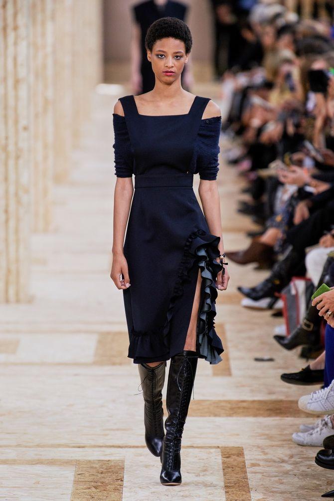 Модные платья с разрезом: лучшие фасоны и силуэты 2020-2021 года 38
