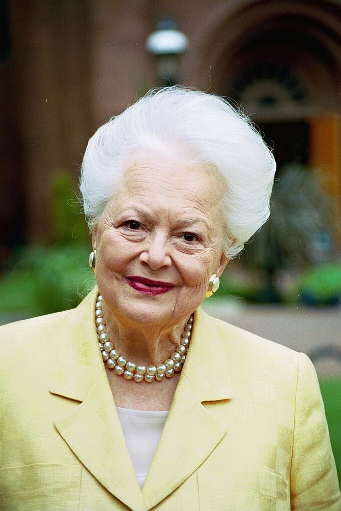 Актриса легендарного фільму «Віднесені вітром» померла у віці 104 років 6