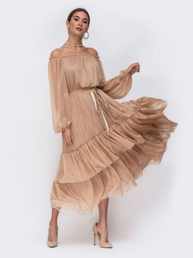 Літня романтика: обираємо сукню 2021-2022 року з відкритими плечима 14