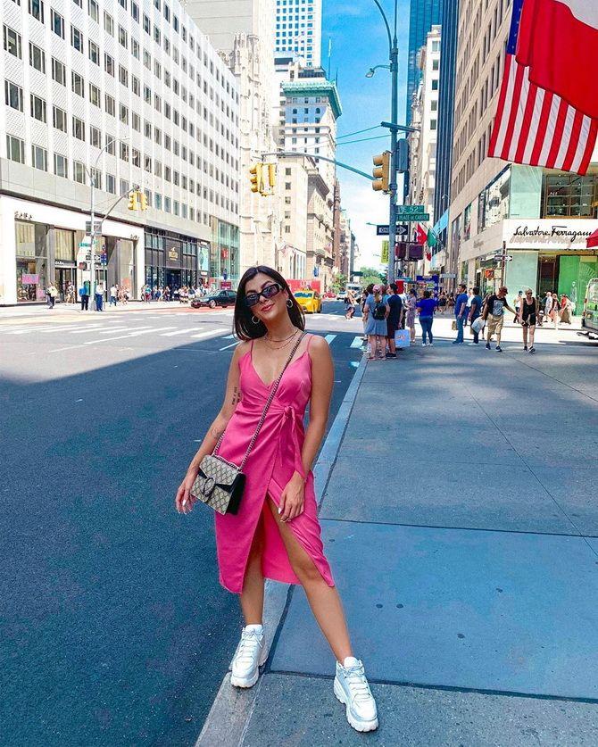 Сукня на бретельках: обираємо кращі силуети 2021-2022 року 9