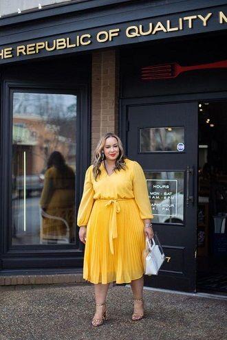 Без ограничений: модные летние юбки для полных женщин 2020 43