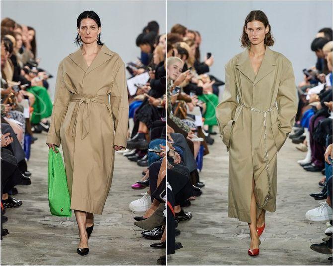 Широкие и роскошные: самые модные расклешенные платья 2021-2022 года 17
