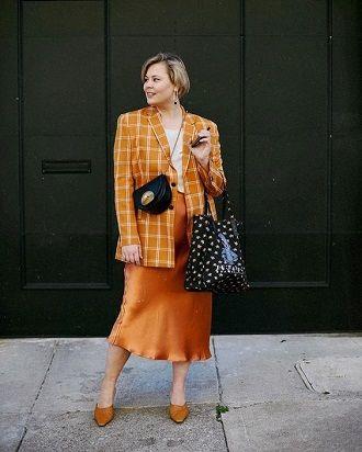 Без ограничений: модные летние юбки для полных женщин 2020 17