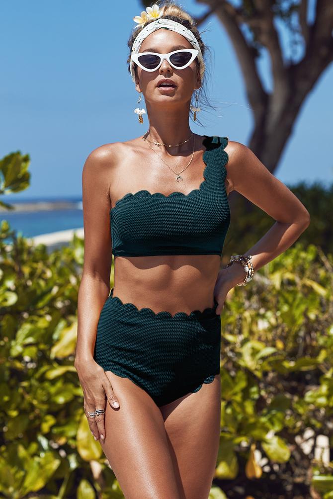Відкриті купальники: модні тренди 2021-2022 року 27