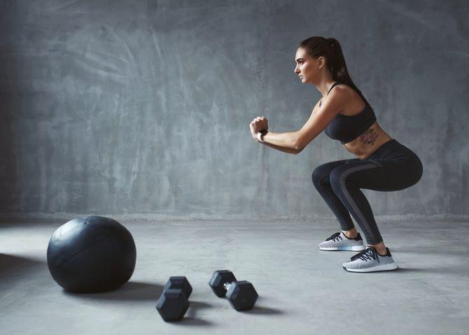 Фитнес-шпаргалка для занятых: эффективное сжигание калорий за 5 минут 3