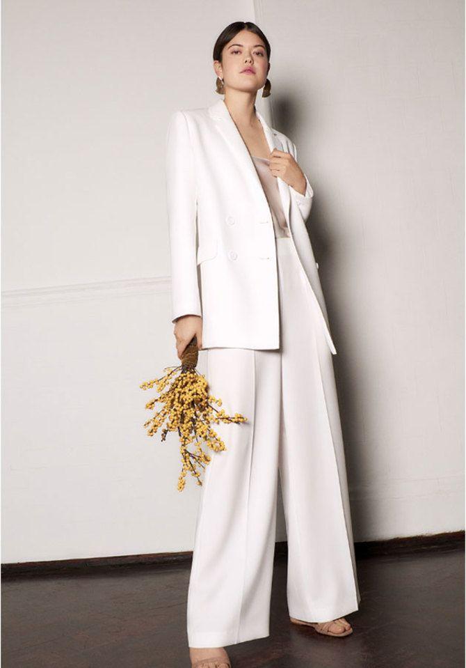 Свадебные костюмы для невест: стильные идеи для особенного дня 17