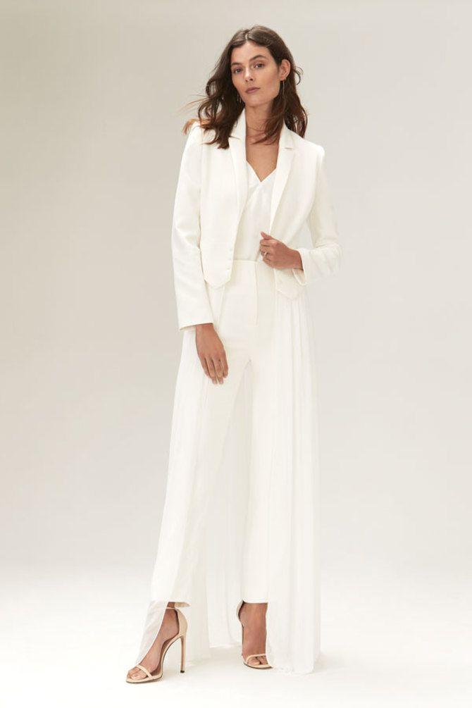 Свадебные костюмы для невест: стильные идеи для особенного дня 22