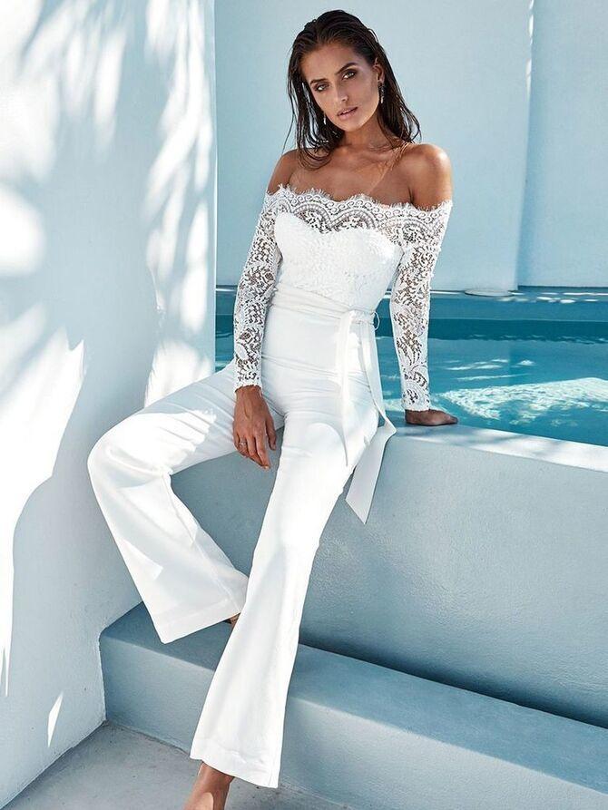 Свадебные костюмы для невест: стильные идеи для особенного дня 40