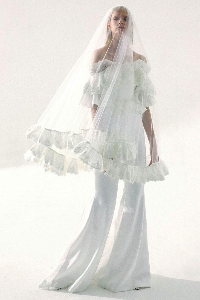 Свадебные костюмы для невест: стильные идеи для особенного дня 42