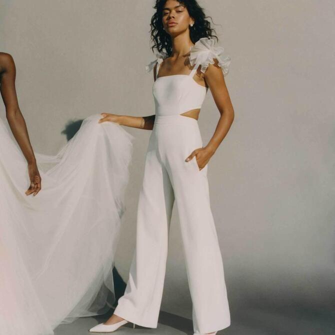 Свадебные костюмы для невест: стильные идеи для особенного дня 45