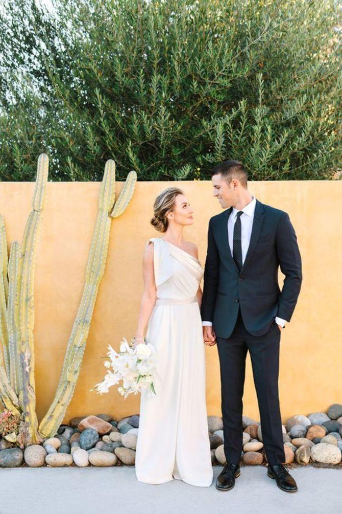 Свадебные костюмы для невест: стильные идеи для особенного дня 7