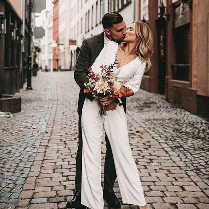 Свадебные костюмы для невест: стильные идеи для особенного дня 8