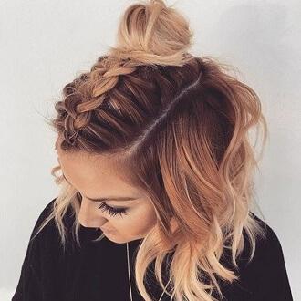 Красивые прически на 1 сентября с распущенными волосами для девочек 34