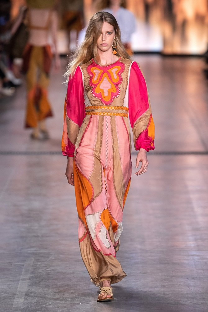 Сукні з вишивкою – кращі моделі сезону 2020-2021 5