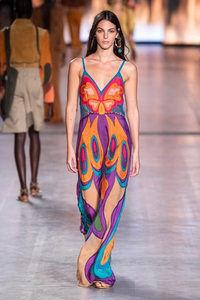 Платья с вышивкой — лучшие модели сезона 2021-2022 6