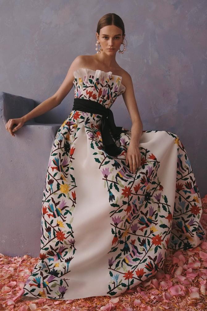 Платья с вышивкой — лучшие модели сезона 2021-2022 25
