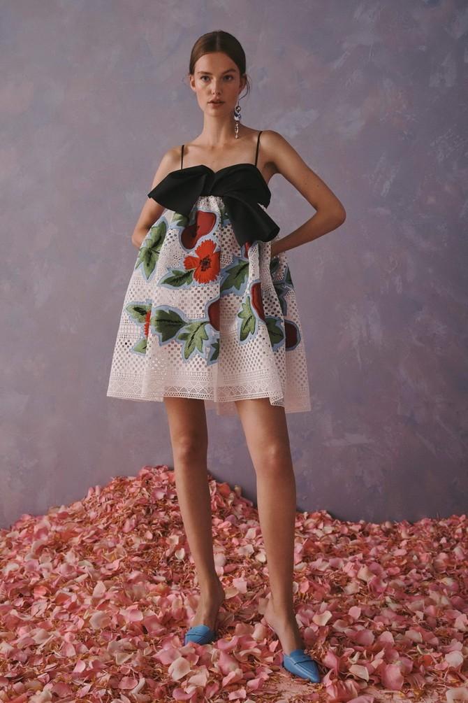 Сукні з вишивкою – кращі моделі сезону 2020-2021 28