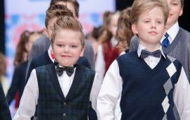 Модна шкільна форма для хлопчиків: стильні та практичні фасони 2021-2022