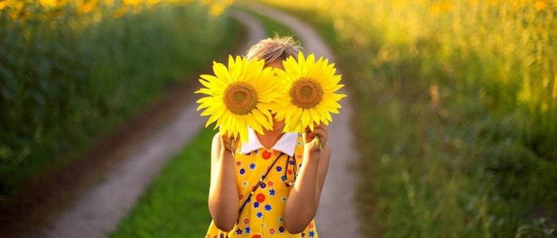 С Последним днем лета – красивые открытки и стихи