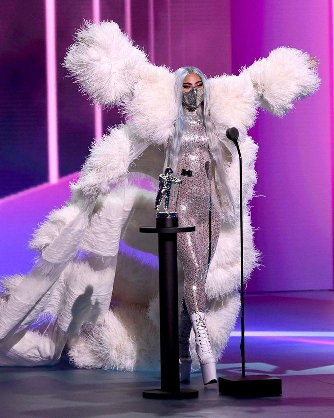 Маски Леді Гаги, найкращі відео та пісня року: як пройшла церемонія MTV Video Music Awards-2020 2