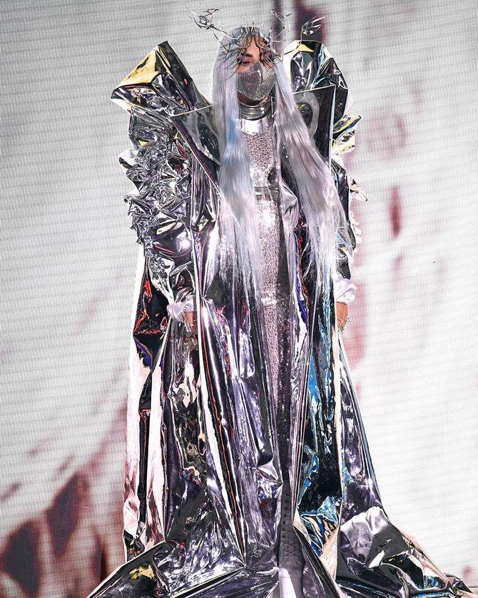 Маски Леді Гаги, найкращі відео та пісня року: як пройшла церемонія MTV Video Music Awards-2020 3