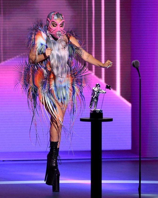 Маски Леді Гаги, найкращі відео та пісня року: як пройшла церемонія MTV Video Music Awards-2020 4