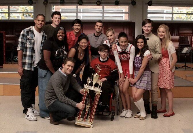 Кращі американські серіали про школу, підлітків і любов — старі і новинки 3