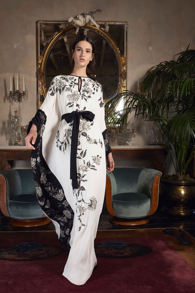 Сукні з вишивкою – кращі моделі сезону 2020-2021 20