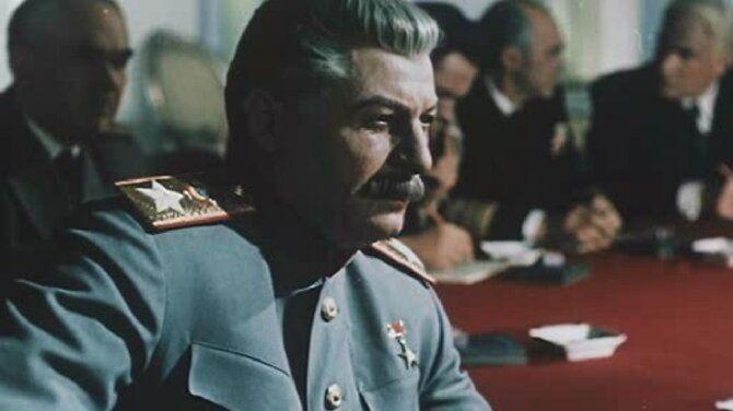 10 художественных и документальных фильмов про Сталина 11