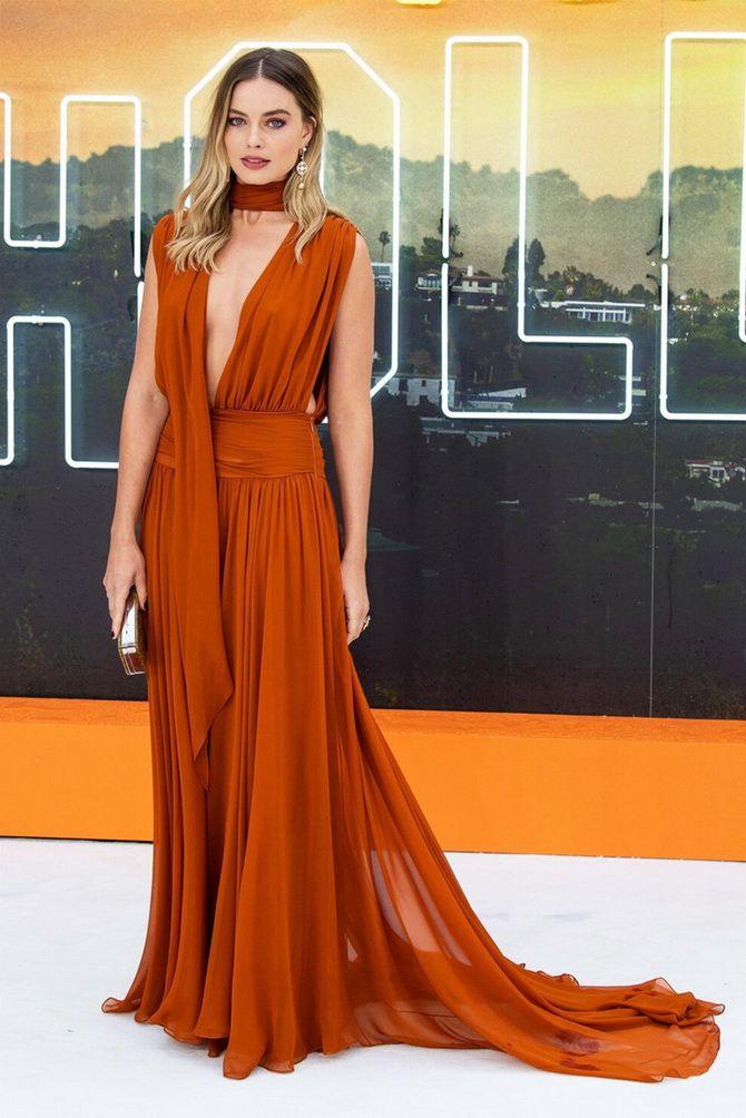 У грецькому стилі: красиві та ніжні сукні 2020-2021 19